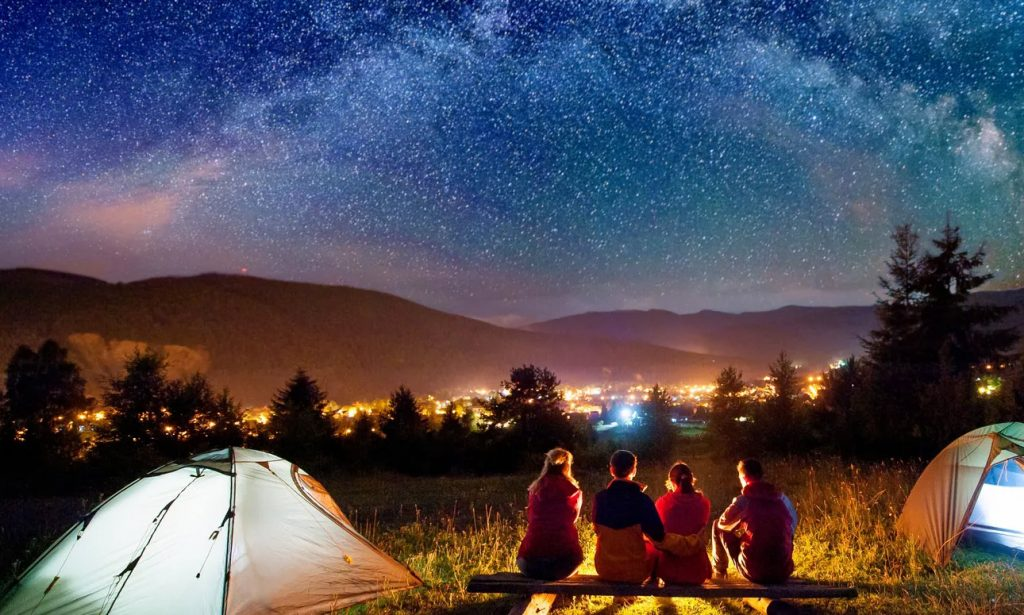 Summer Camp – The Best Activities For Nighttime Into The Wild